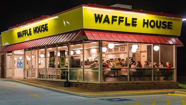 Национальный день Вафель в США Waffle House (Вафельный дом)